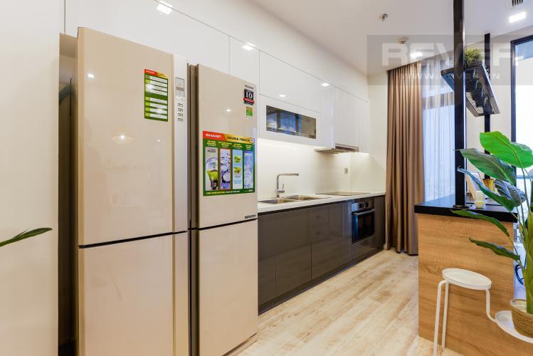 Bếp Căn hộ Vinhomes Golden River tầng cao, view sông, 2PN, nội thất đầy đủ
