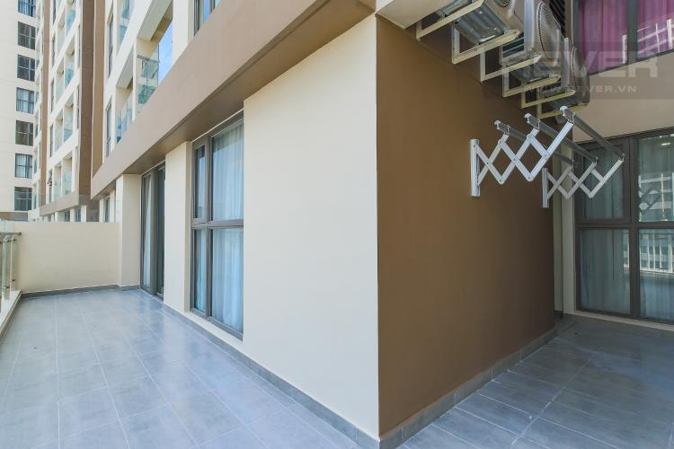 Balcony Cho thuê căn hộ Masteri Millennium tầng trung, 2PN, đầy đủ nội thất