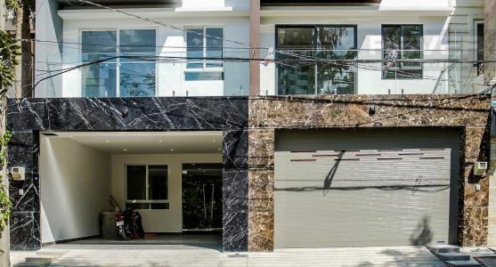 Bán nhà phố 2 tầng thuộc khu dân cư Lacasa Hoàng Quốc Việt