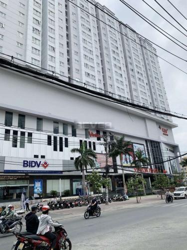 Saigonres Plaza, Bình Thạnh  Căn hộ Saigonres Plaza tầng trung, đầy đủ nội thất.