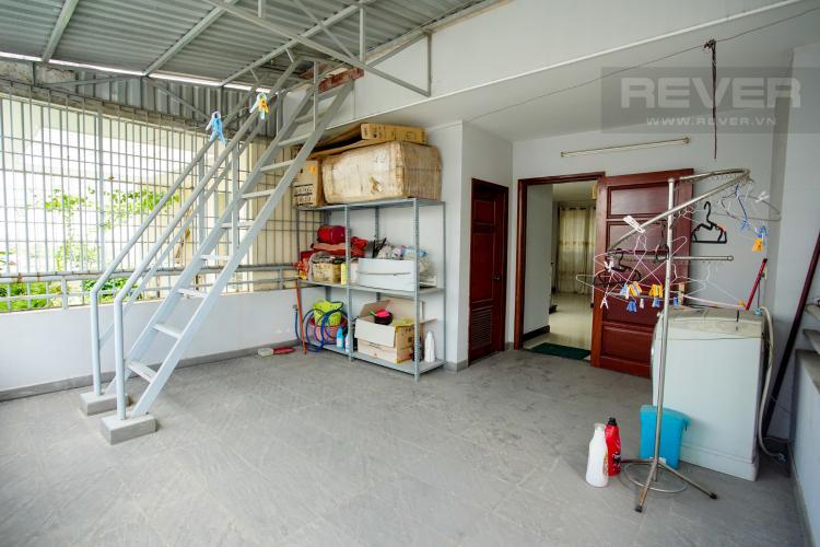 Sân Phơi Cho thuê nhà phố 4 tầng đường 19, Q2, đầy đủ nội thất, view Landmark 81