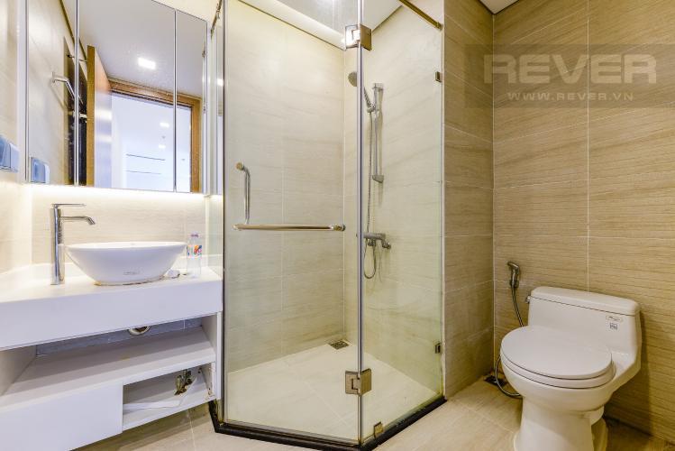 Phòng tắm 1 Bán căn hộ Vinhomes Central Park 3 phòng ngủ tầng cao view sông tháp Park 1 mới 100%
