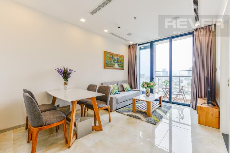 Phòng khách Officetel Vinhomes Golden River 2 phòng ngủ tầng trung A3 view sông