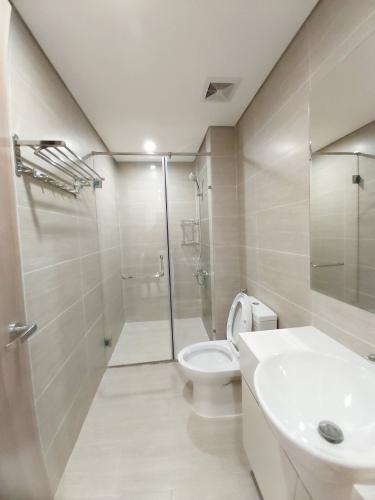 Phòng tắm , Căn hộ Vinhomes Grand Park , Quận 9 Căn hộ Vinhomes Grand Park cửa hướng Đông Nam, view thành phố thoáng mát.