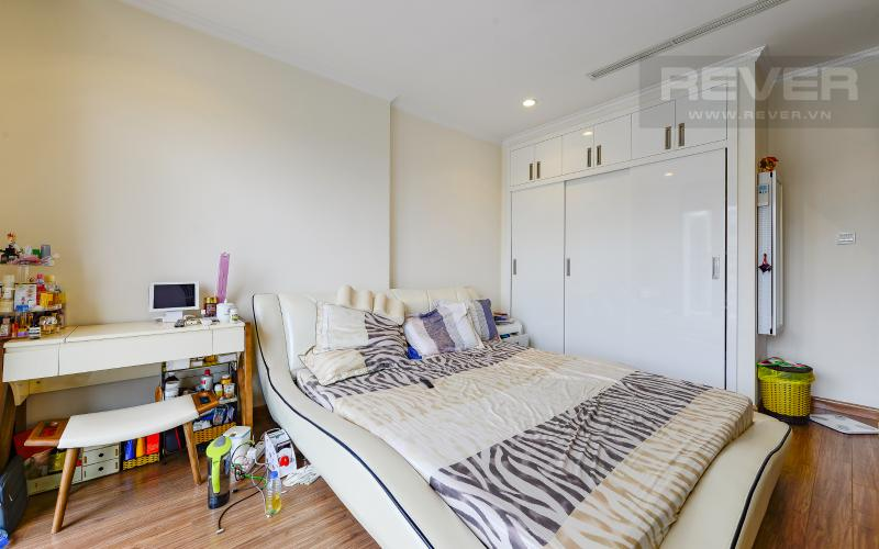 Phòng Ngủ 1 Căn hộ Vinhomes Central Park tầng cao 4PN đầy đủ nội thất, view sông