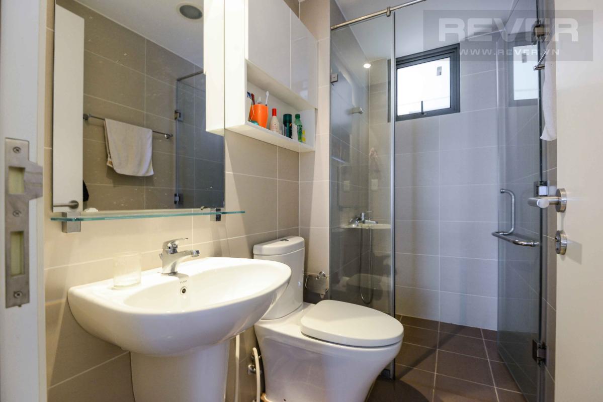 c94ae0996ffa89a4d0eb Cho thuê căn hộ Masteri Thảo Điền 2PN, tầng thấp, tháp T2, đầy đủ nội thất, view hồ bơi