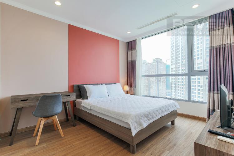 Phòng Ngủ 1 Cho thuê căn hộ Vinhomes Central Park 3 phòng ngủ, đầy đủ nội thất, view nội khu