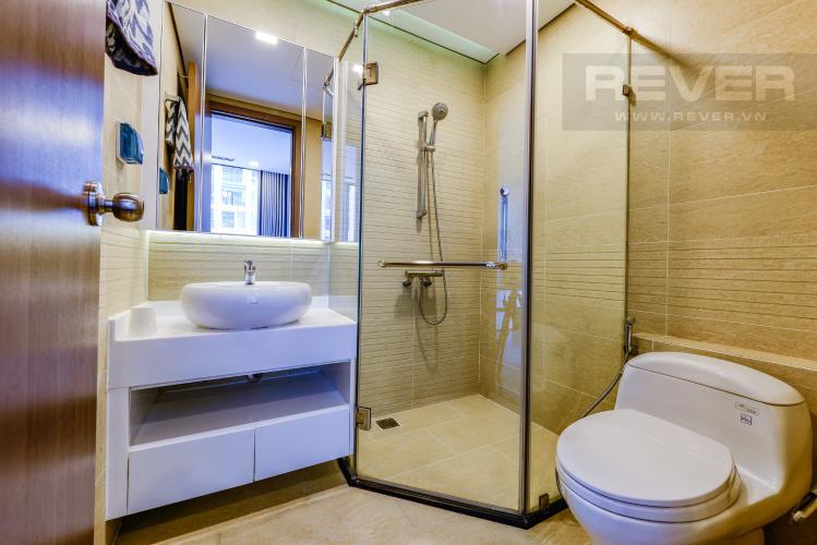 Phòng tắm 1 Bán căn hộ Vinhomes Central Park 2PN tầng trung, view sông, đầy đủ nội thất