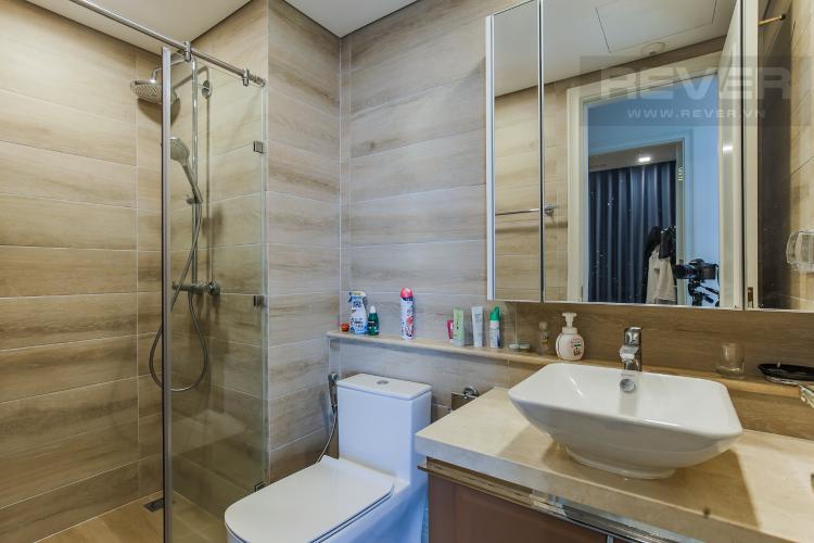 Phòng Tắm 2 Bán căn hộ Vinhomes Golden River 2PN, tháp The Aqua 4, đầy đủ nội thất, view sông Sài Gòn và Landmark 81