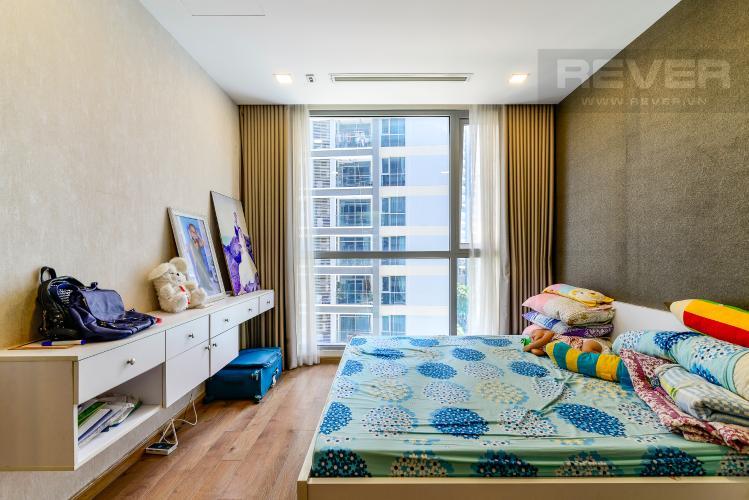 Phòng Ngủ 1 Bán căn hộ Vinhomes Central Park 2PN, tháp Park 4, đầy đủ nội thất, view hồ bơi nội khu