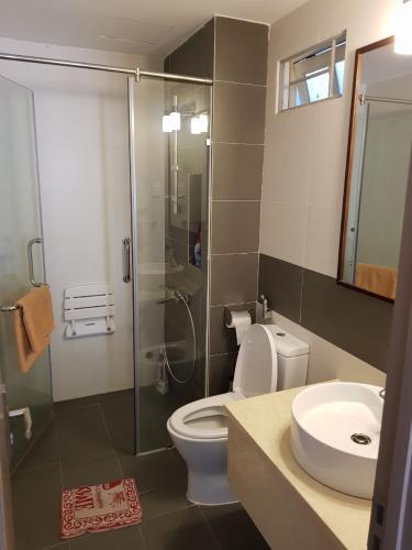 toilet chung cư Đường Sắt, Quận 3 Căn hộ chung cư Đường Sắt hướng Tây Bắc, nội thất cơ bản.