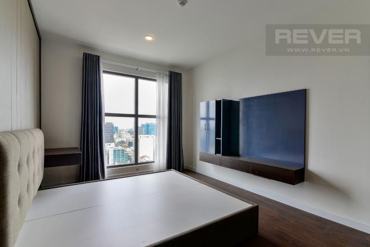 Phòng Ngủ 1 Bán hoặc cho thuê căn hộ Saigon Royal 2PN, tháp A, đầy đủ nội thất, view kênh Bến Nghé và Bitexco