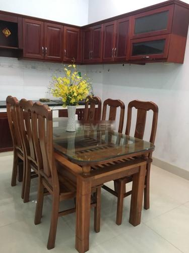 Phòng bếp nhà phố đường Huỳnh Tấn Phát, Nhà Bè Nhà phố trung tâm thị trấn Nhà Bè hướng Tây Nam, hẻm trước rộng 6m.