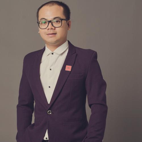 Nguyễn Minh Trí Sales Executive