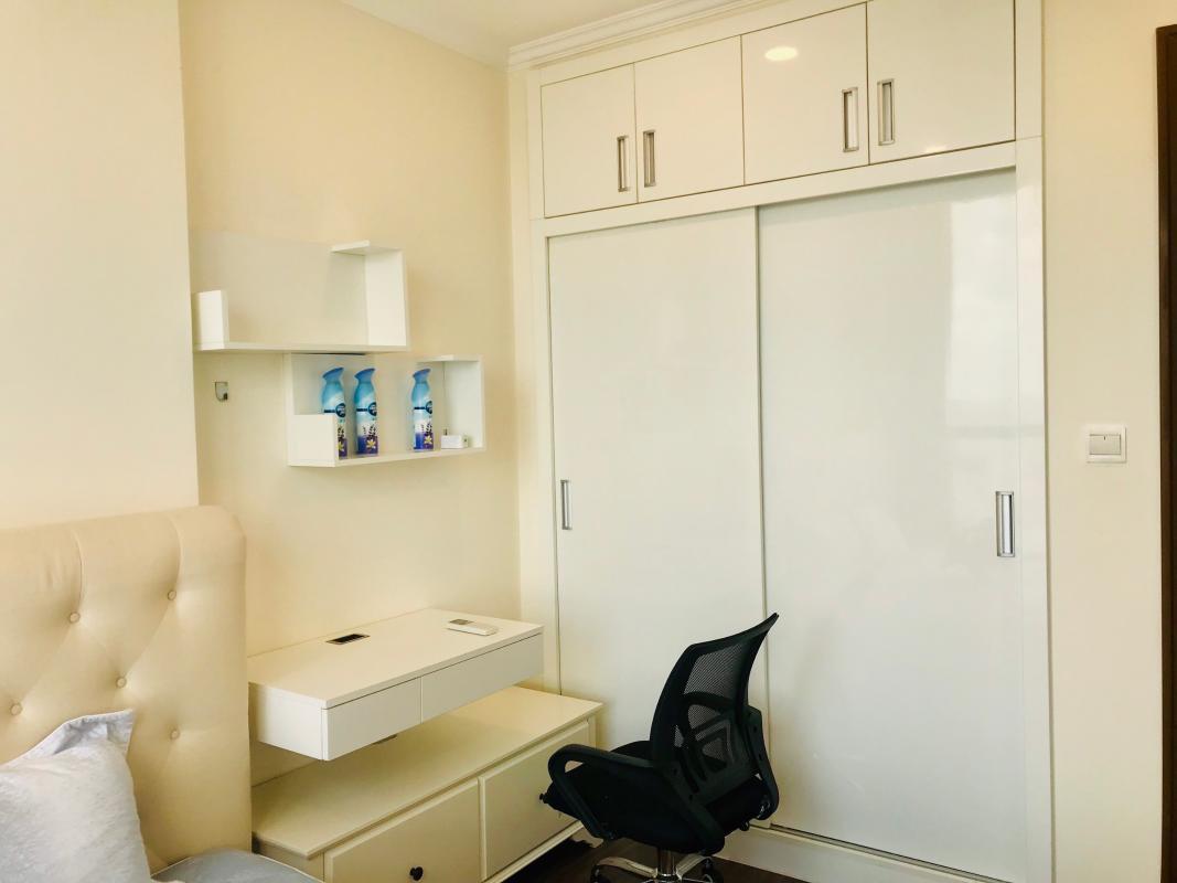 a952652f0431fd6fa420 Cho thuê căn hộ Vinhomes Central Park 1PN, tháp Landmark Plus, đầy đủ nội thất, view thành phố