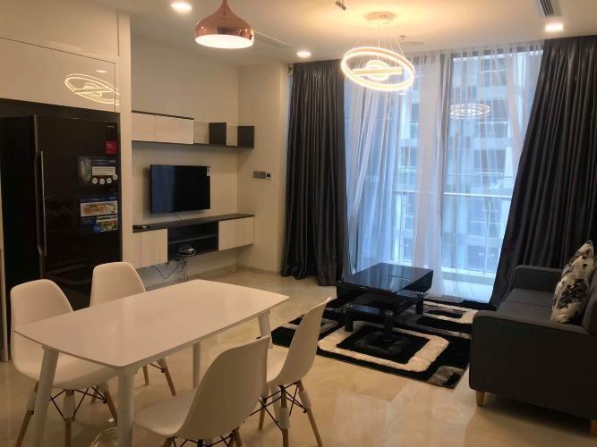 Bán căn hộ tầng cao Vinhomes Golden River đầy đủ nội thất tiện nghi.