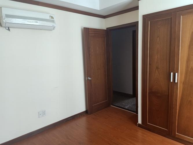 Phòng ngủ Hoàng Anh Thanh Bình Căn hộ Hoàng Anh Thanh Bình tầng cao, nội thất cơ bản.