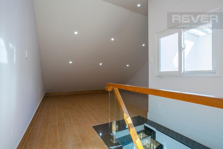 Áp Mái Căn hộ 15 Mega Ruby,diện tích 100m2, 4 phòng ngủ, full nội thất