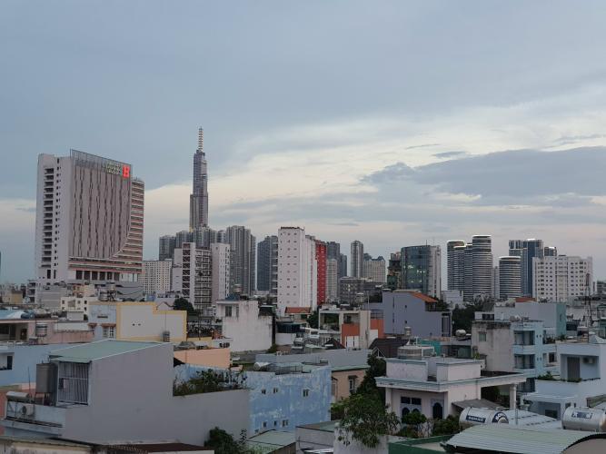 View sân thượng nhà phố Bình Thạnh Nhà phố Bình Thạnh diện tích đất 52.9m2, hướng Đông Bắc.