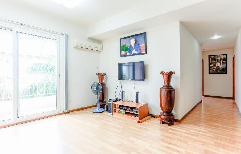 Cho thuê căn hộ V-Star Quận 7 3PN, nội thất cơ bản