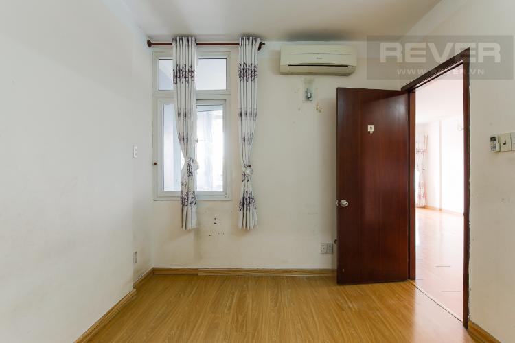 Phòng Ngủ 1 Căn hộ Orient Apartment 2 phòng ngủ tầng thấp hướng Đông Bắc
