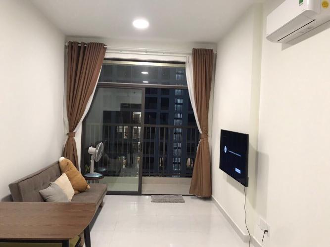 Phòng khách Jamila Khang Điền, Quận 9 Căn hộ Jamila Khang Điền tầng trung, ban công hướng Tây Bắc.