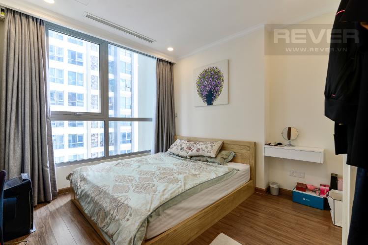 Phòng Ngủ Bán căn hộ Vinhomes Central Park 1PN, tháp Landmark 6, đầy đủ nội thất, view hồ bơi
