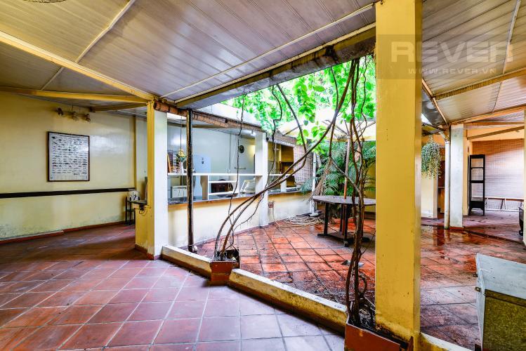 Khu Vực Bếp Nhà phố 4 phòng ngủ hẻm đường Nguyễn Văn Đậu nội thất đầy đủ