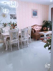Cho thuê căn hộ Tulip Tower 2PN, diện tích 75m2, đầy đủ nội thất, view sông thông thoáng