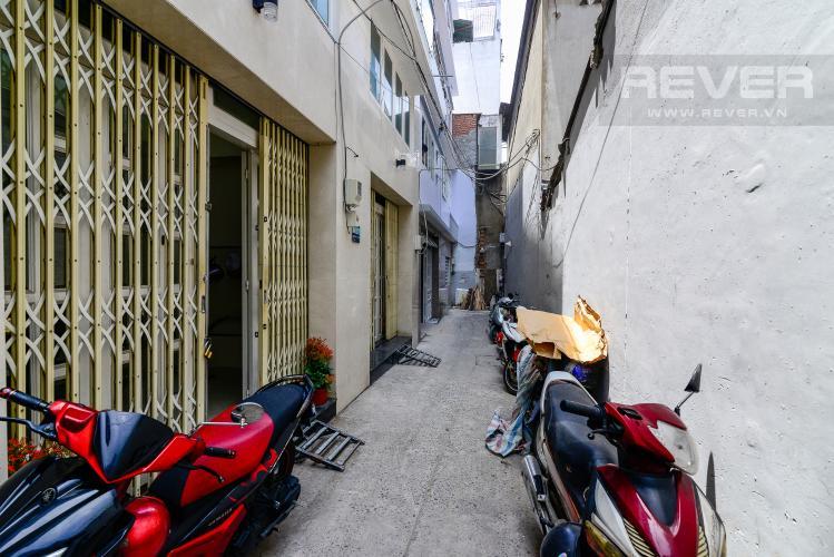 Hẻm Cho thuê nhà phố 2 phòng ngủ hẻm 540 đường Cách Mạng Tháng 8, Quận 3, đầy đủ nội thất