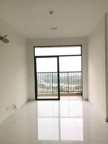 Phòng khách Jamila Khang Điền, Quận 9 Căn hộ Jamila Khang Điền tầng thấp, ban công hướng Tây Nam.