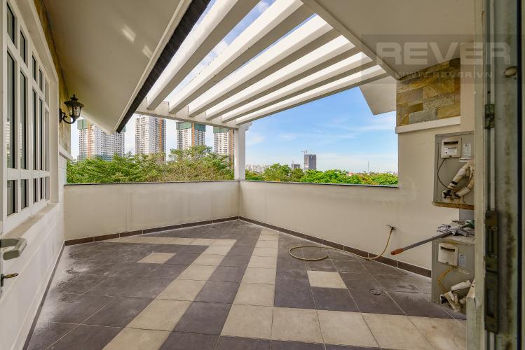 Sân thượng Nhà phố 10 phòng ngủ đường Lê Hữu Kiều Bình Trưng Tây Quận 2
