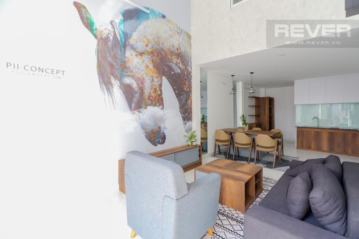 Phòng khách tầng trệt Bán nhà phố Quận 7, diện tích đất 51m2, đầy đủ nội thất, sổ hồng chính chủ, cách Vòng xoay Tân Thuận 300m