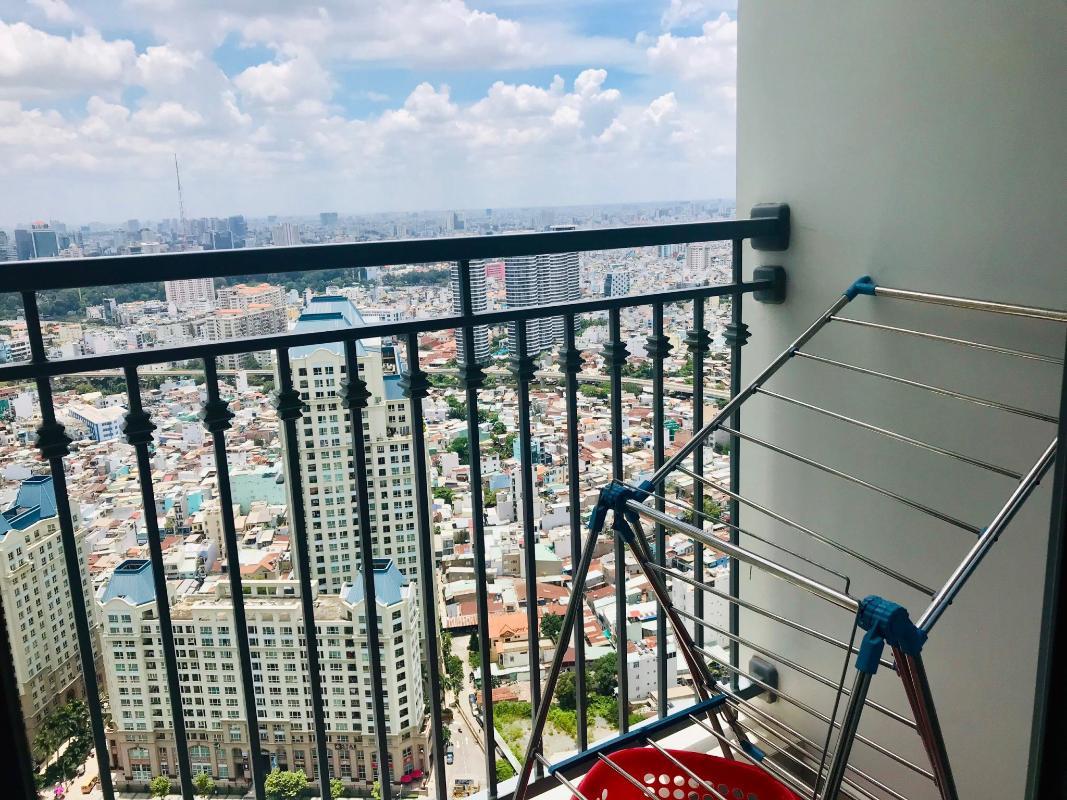 7e6cd81bb905405b1914 Cho thuê căn hộ Vinhomes Central Park 1PN, tháp Landmark Plus, đầy đủ nội thất, view thành phố