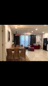 Bán căn hộ Vinhomes Golden River 3PN, đầy đủ nội thất, view sông và Bitexco
