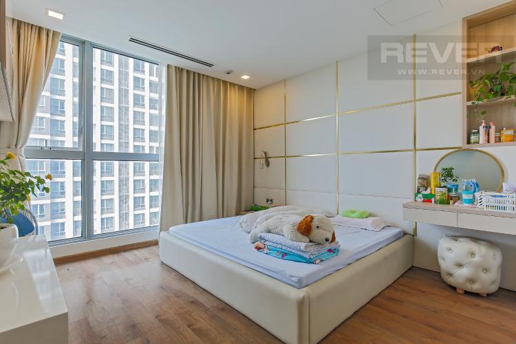 Phòng Ngủ 2 Bán căn hộ Vinhomes Central Park tầng trung tháp Park 1, 4PN 3WC, đầy đủ nội thất, view sông Sài Gòn