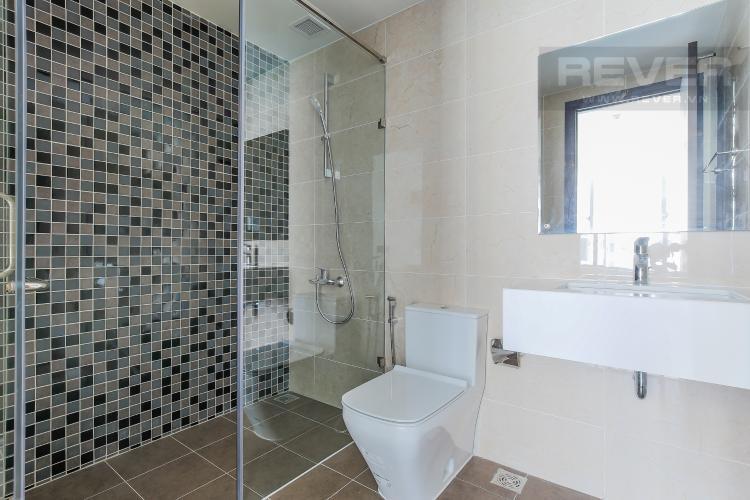 Phòng Tắm 1 Căn hộ The Tresor 2 phòng ngủ tầng trung TS1 đầy đủ tiện nghi