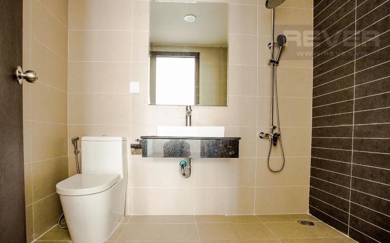 Phòng Tắm 2 Bán hoặc cho thuê căn hộ Sunrise Riverside 2PN, tầng cao, không nội thất, view sông và nội khu