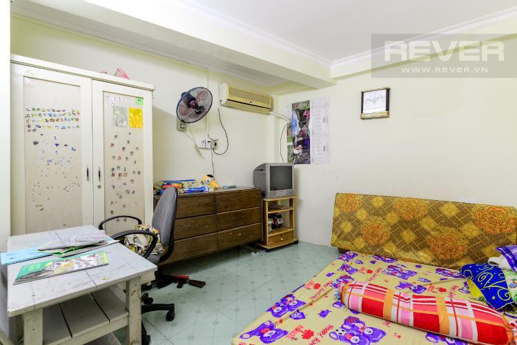 Phòng Ngủ Tầng Lửng Bán nhà phố hẻm đường Yên Đỗ, 2 tầng, 4 phòng ngủ, cách chợ Bà Chiểu 100m