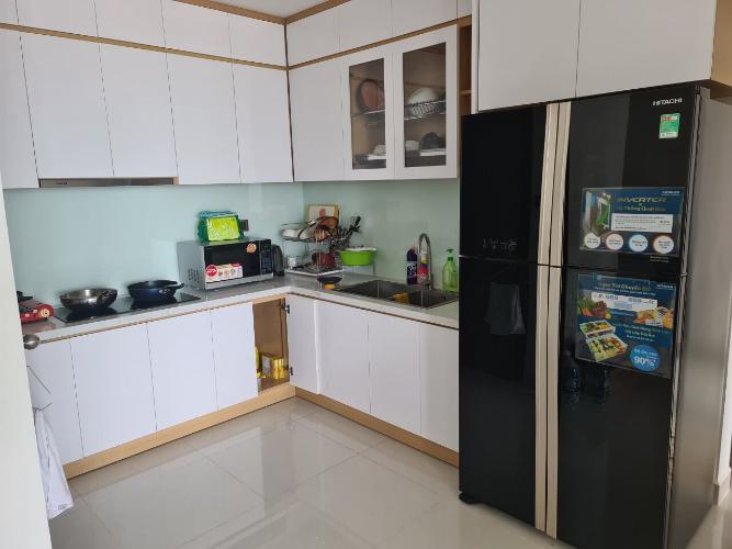 Phòng bếp Saigon Royal, Quận 4 Căn hộ Saigon Royal tầng cao, view Bến Vân Đồn hướng Đông Nam.