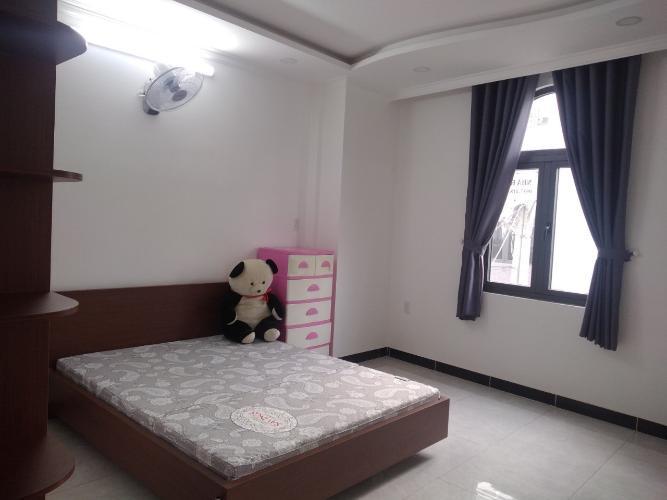 Phòng ngủ nhà phố Huỳnh Tấn Phát, Nhà Bè Nhà phố hướng Đông Nam, hẻm xe hơi, diện tích 80m2.