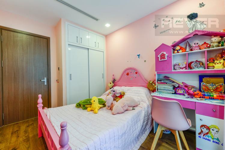 Phòng ngủ 2 Bán căn hộ Vinhomes Central Park tầng trung 3PN đầy đủ nội thất view sông