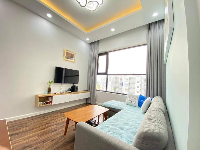 Căn hộ Mizuki Park sàn lót gỗ, đầy đủ nội thất hiện đại tiện nghi.
