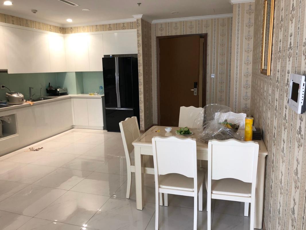 930076ce1384eadab395 Cho thuê căn hộ Vinhomes Central Park 2PN, diện tích 83m2, đầy đủ nội thất