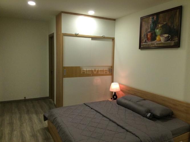 Phòng ngủ  căn hộ Riva Park Căn hộ Riva Park tầng trung đầy đủ nội thất, màu sắc trung tính.