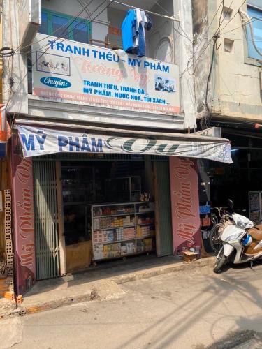 Bán nhà phố hẻm đường Nguyễn Hữu Cảng, phường 22, quận Bình Thạnh, diện tích đất 31,5m2, sổ đỏ chính chủ
