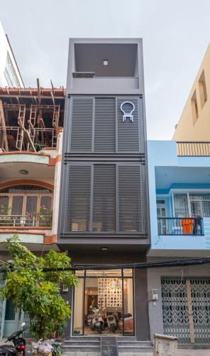 Văn phòng cho thuê 1 trệt 3 lầu đường Nguyễn Hữu Cảnh, Bình Thạnh