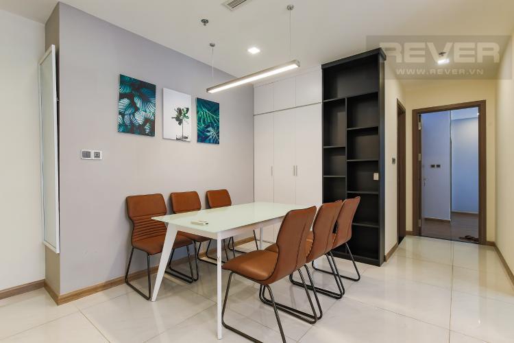 Bàn Ăn Bán căn hộ Vinhomes Central Park tầng trung tháp Park 3, 2PN 2WC, đầy đủ nội thất cao cấp