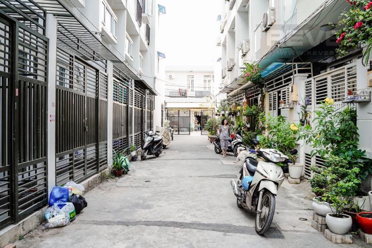 Lối Đi 1 Cho thuê nhà 42m2, 2 lầu, 3 PN 3WC nằm trong khu dân cư đông đúc huyện Nhà Bè