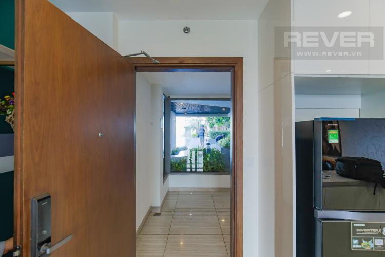 Cửa chính Cho thuê căn hộ Masteri Millennium 3PN, diện tích 107m2, đầy đủ nội thất, view Bitexco